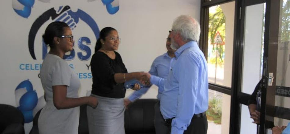 Minister Maurice Loustau-Lalanne conducted his first visit to the Development Bank of Seychelles on Tuesday 17thJuly, 2018 since he took office earlier this year as the Minister for Finance, Trade, Investment and Economic Planning.